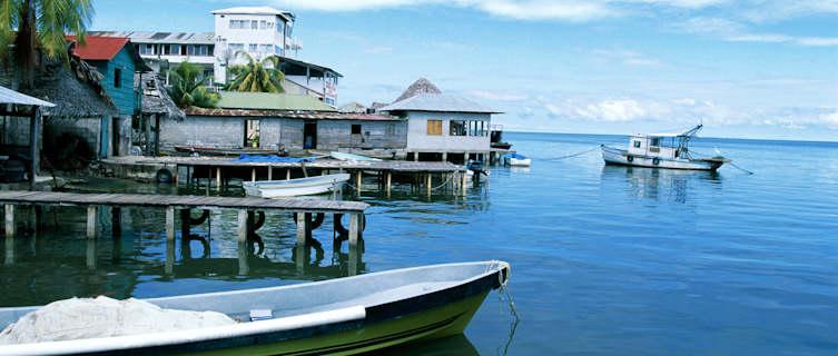 Calm marina, Guatemala