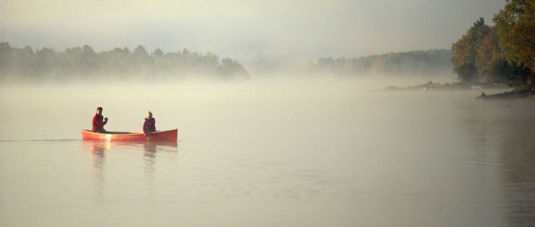 Couple canoeing in Ontario