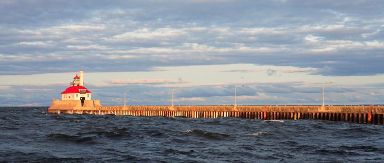 Duluth, Lake Superior Pier