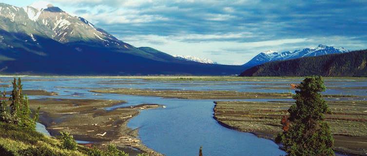 River valley, Yukon