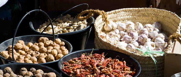 Spice market in Omam