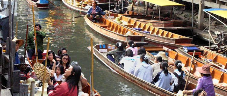 Thai floating makret