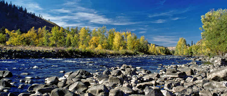 The Naches River provides excellent oppertunities for canoeing and walking beside