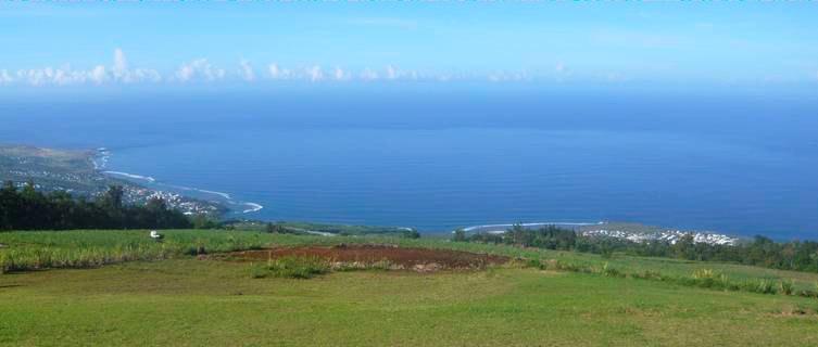 Views over Reunion